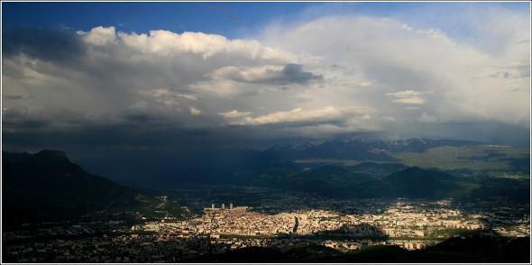 Orages autour de Grenoble - 18 mai 2011 - 19h30