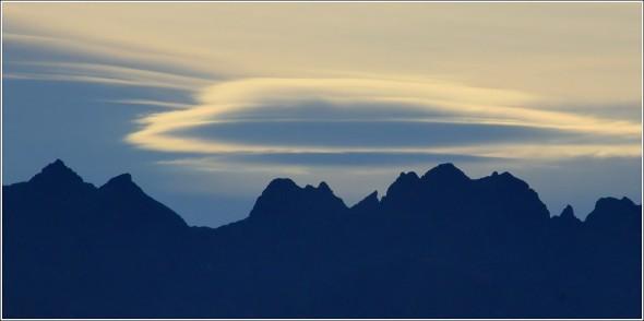 Lenticulaires Alpins - Massif de Belledonne - 7 septembre 2011 - 8h41