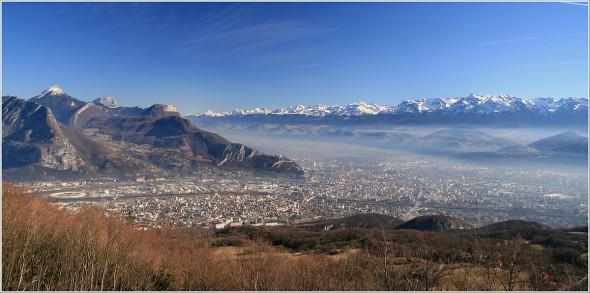 Chartreuse, Grenoble et Belledonne depuis le Vercors - 8 février 2011