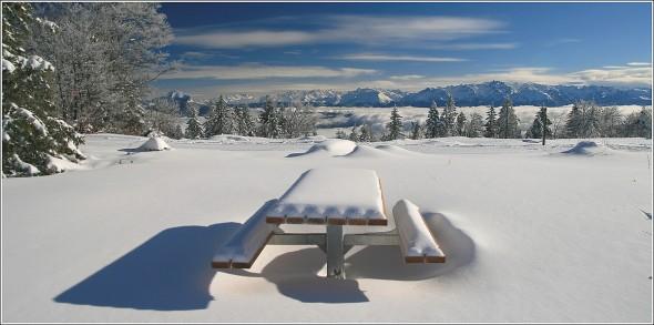 A table ! Autrans, mer de nuages et Belledonne - 12 janvier 2011