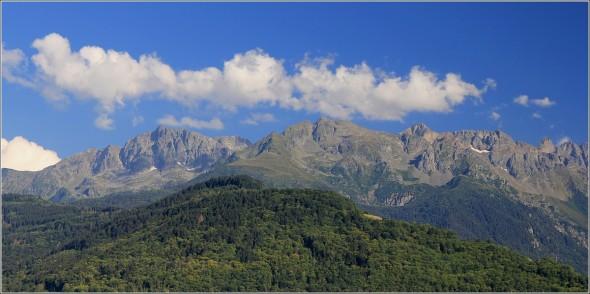 Massif de Belledonne depuis la vallée du Grésivaudan - 11 juillet 2011