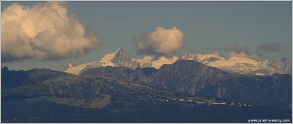 Chamrousse, la Meije et le glacier des 2 Alpes depuis le Vercors - 18 juillet 2009