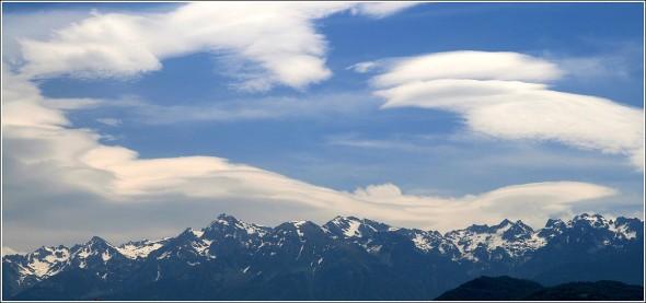 Le ciel de Grenoble et Belledonne - 9 juin 2010