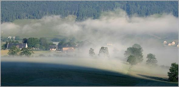 Dernières brumes matinales - Lans en Vercors - 25 juin 2010