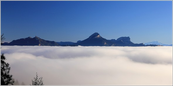 Mer de nuages et Chartreuse - 12 octobre 2011