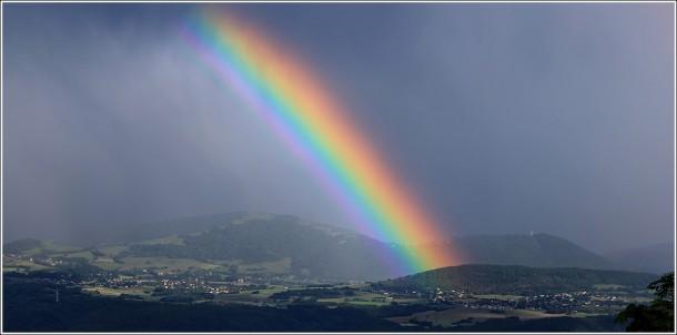 Arc en ciel vers Belledonne et Grenoble - 11 juin 2012