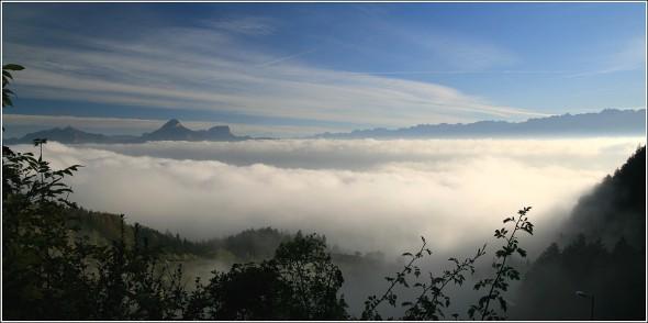 Mer de nuages au dessus de Grenoble - 12 octobre 2010