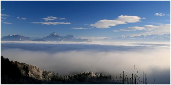 Mer de nuages au dessus de Grenoble - 31 janvier 2011 - 9h55