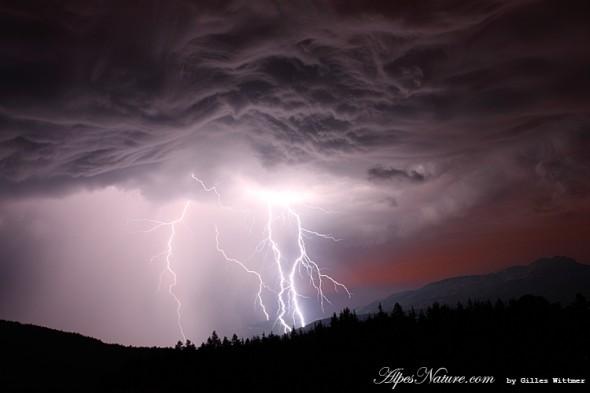 Orage sur Villard de Lans depuis Bois Barbu par Gilles Wittmer - 22 juin 2011